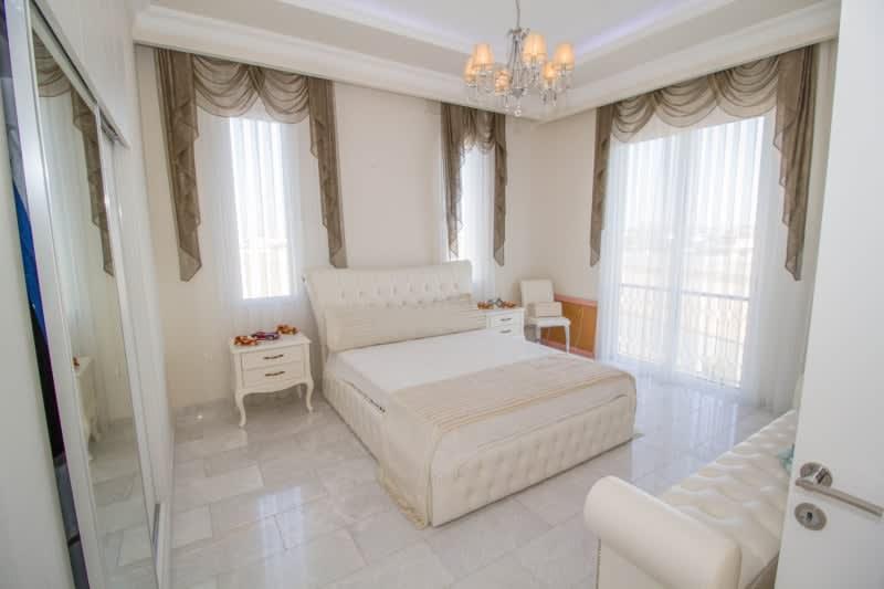 Kuzey Kıbrıs - Yenikent'de Satılık  Lüx Villa-Müstakil 9820