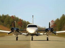 Piper Seneca - O bimotor leve mais vendido do mundo