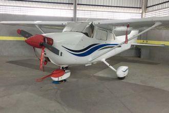 Cessna Skyhawk C172 1974