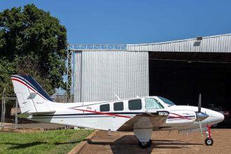 Beechcraft Baron 58 BE58 1981