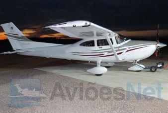 Cessna Skylane C182 2005