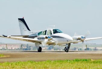 Beechcraft Baron 55 BE55 1974
