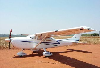 Cessna Skylane C182 2002