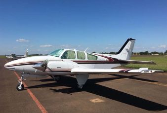 Beechcraft Baron E55 BE55 1973