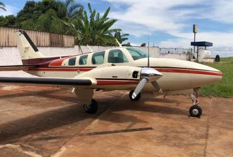 Beechcraft Baron 58 BE58 1981