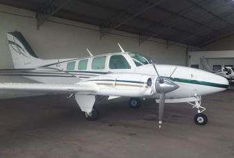 Beechcraft Baron 58 BE58 1977