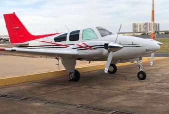 Beechcraft Baron B55 BE55 1981