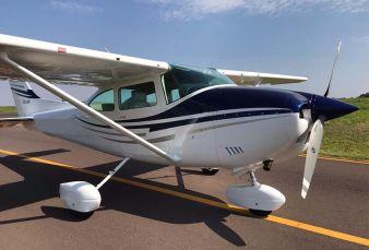 Cessna Skylane 182P C182 1973