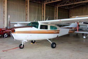 Cessna 210M C210 1978