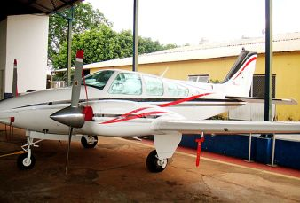 Beechcraft Baron 55 BE55 1981
