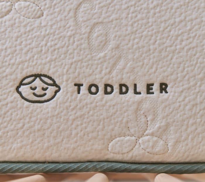有机婴儿床床垫产品照片