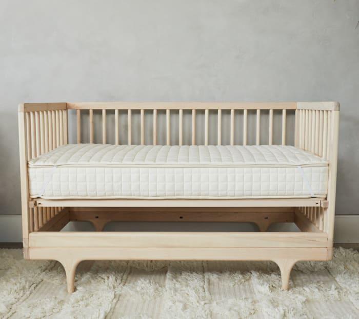 Organic Crib Mattress Protector Product Photo