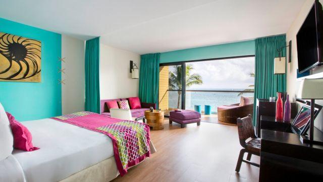 Family Deluxe Room - Oceanfront, Aguamarina