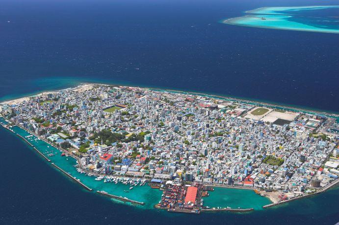Male, die Hauptstadt der Malediven von oben