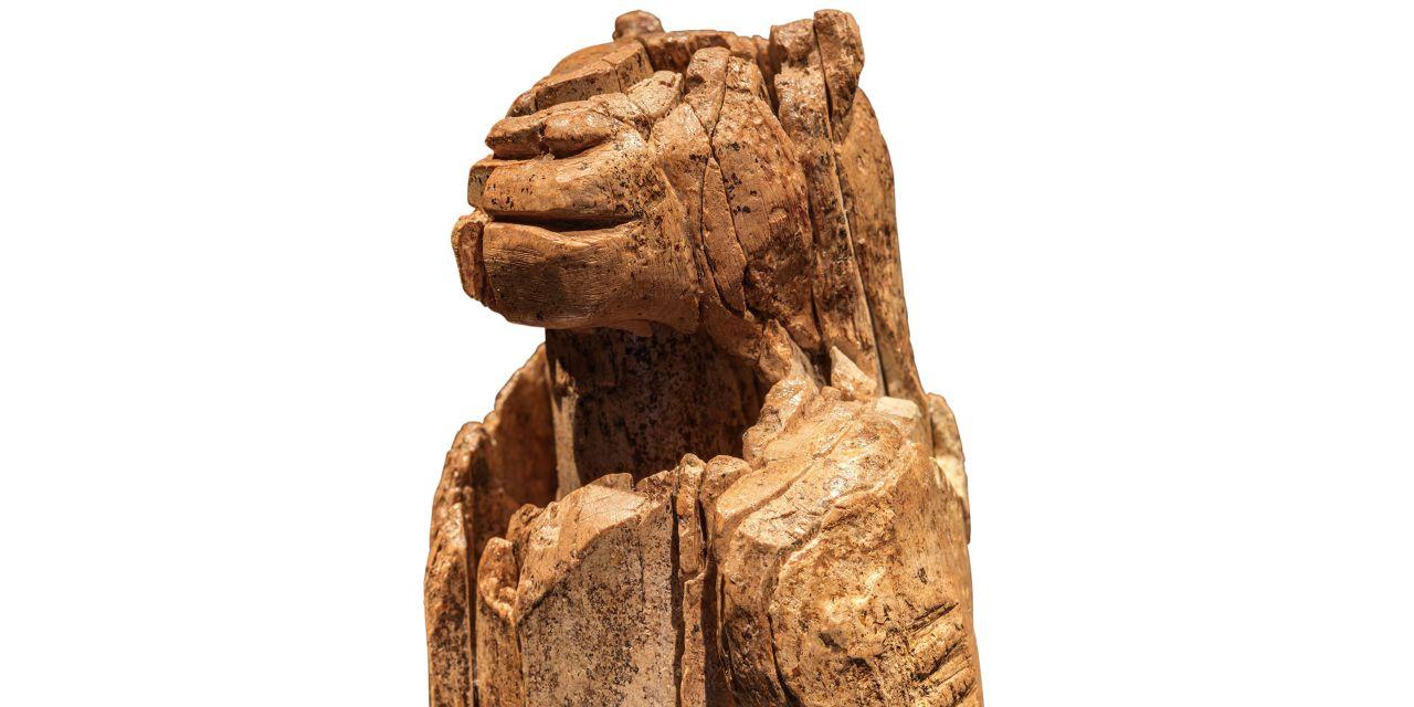 Skulptur eines Löwenmenschen aus den Eiszeit-Höhlen der Schwäbischen Alb