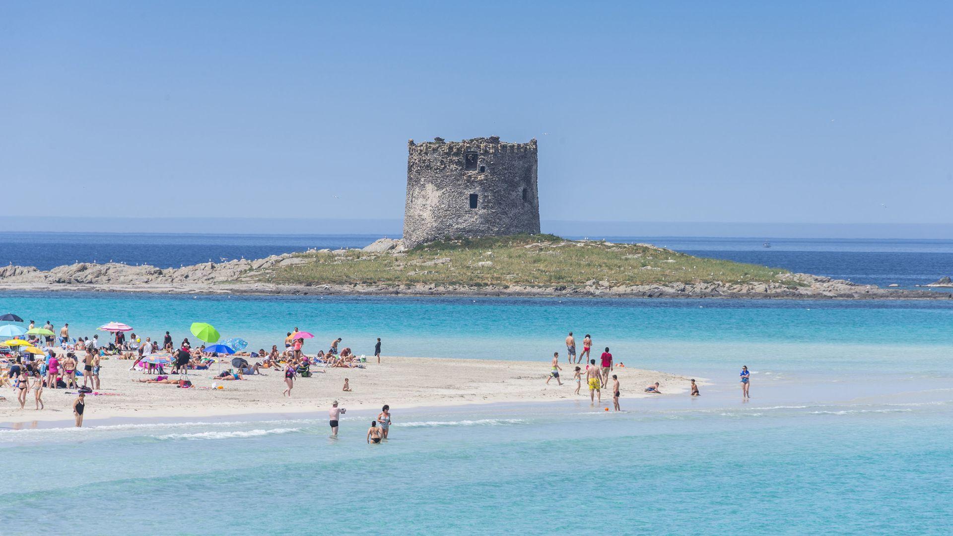Karte Sardinien Strände.ᐅ Sardinien Die 10 Schönsten Strände Reisemagazin Holidaycheck