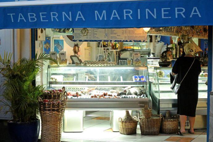 Fischtheke im Restaurant Agua y Sal