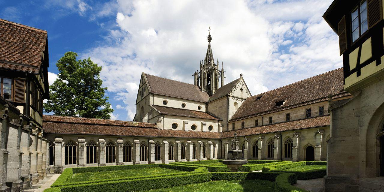 Der Kreuzgarten des Klosters Bebenhausen