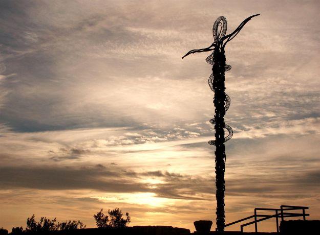 Schlangenkreuz auf dem Gipfel des Berges Nebo