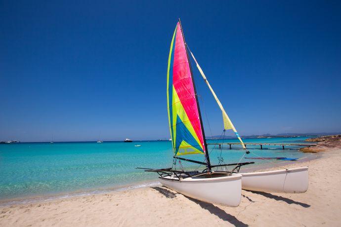 Windsurfer an der Playa de ses Illetes