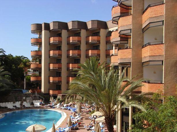 Blick auf das Hotel Neptuno auf Gran Canaria