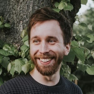 The React Podcast #35 - Make the Web Look Great with Matt Perry. On declarative animation, open source management, and importance of the open web