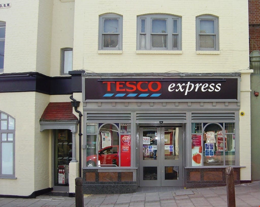 A typical Tesco retail storefront.