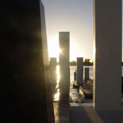 Knowledge article: 'The architects of remembrance' by Lauren Bobrige