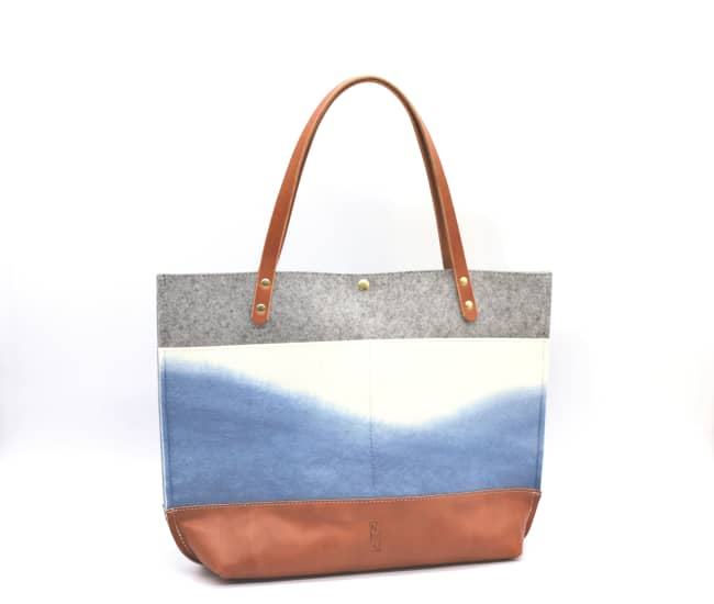 /az0067008-01_vasecu.jpg view of the Medium Felt Tote / Indigo by Azellaz