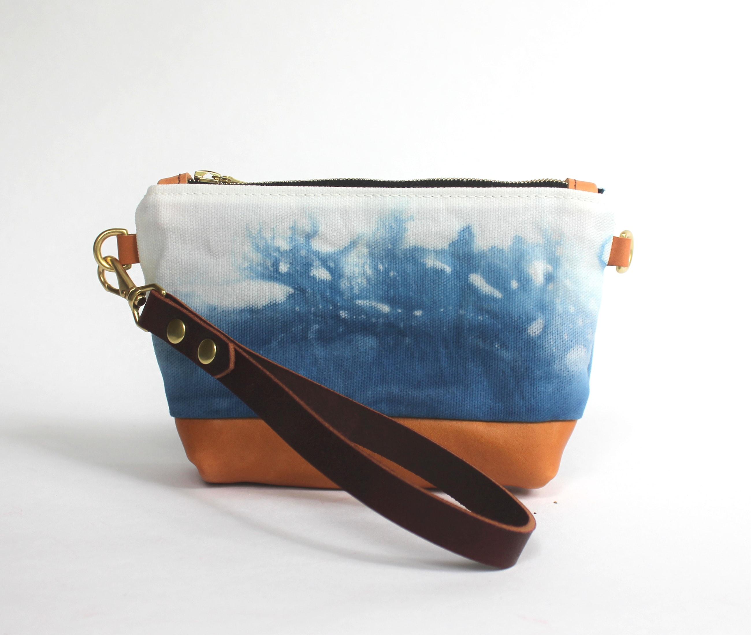 Clutch indigo cloud lisaro leather by Azellaz