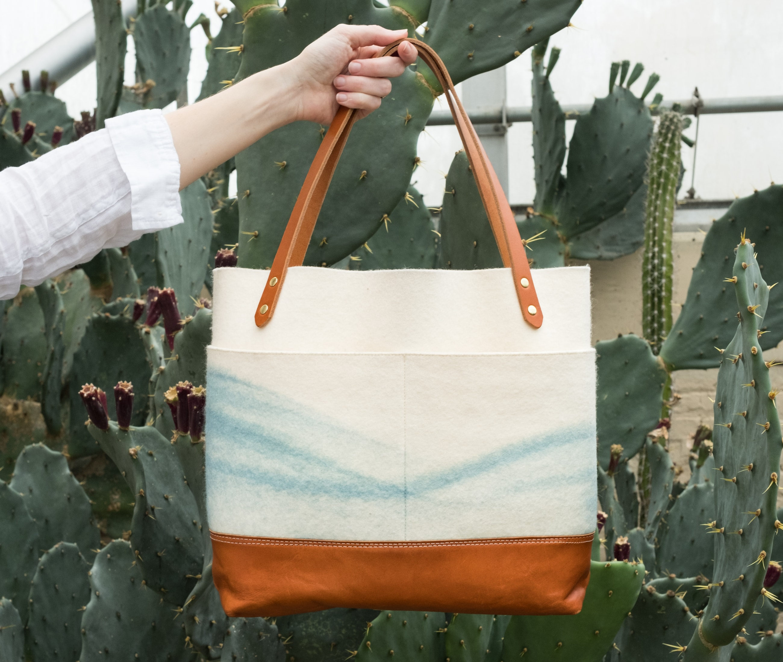 Medium tote felt indigo mountain tan leather lookbook1 by Azellaz