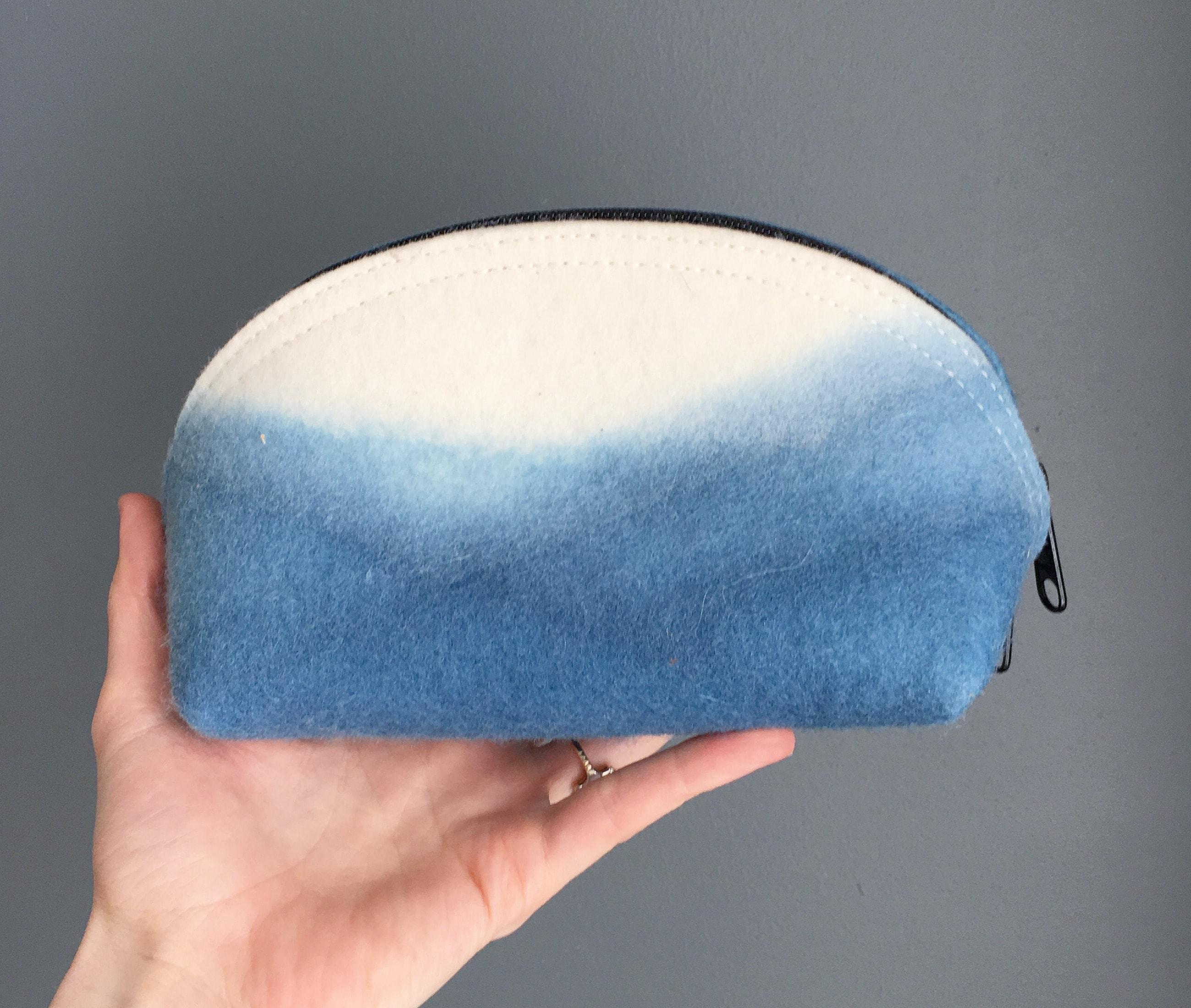 Circle pouch medium indigo mountain by Azellaz