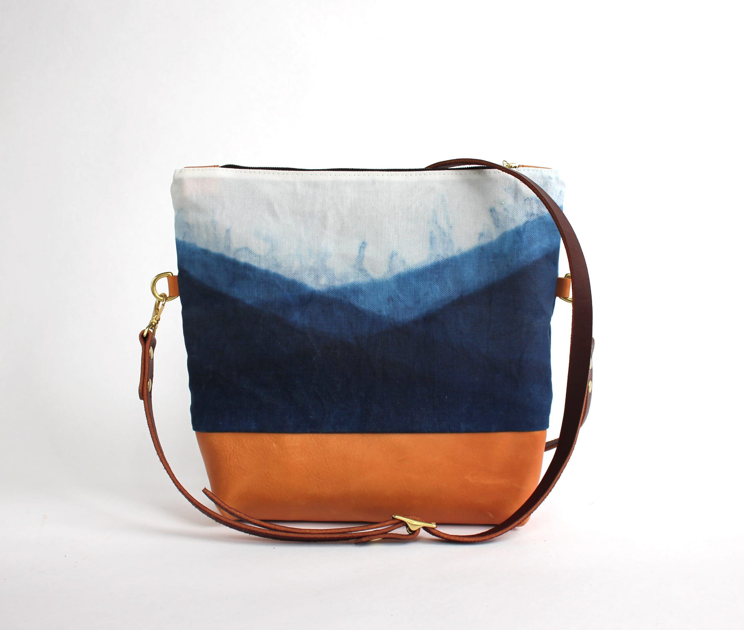 Crossbody indigo mountain lisaro leather front by Azellaz