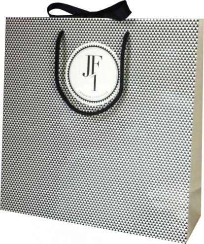 Luxe-JF1-me.jpg