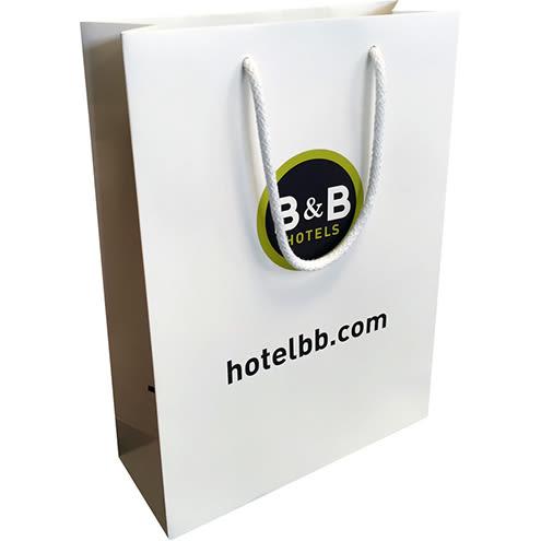 sac luxe portrait b&b hotel