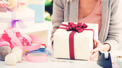 3 Easy Ways to Cut Christmas Expenses
