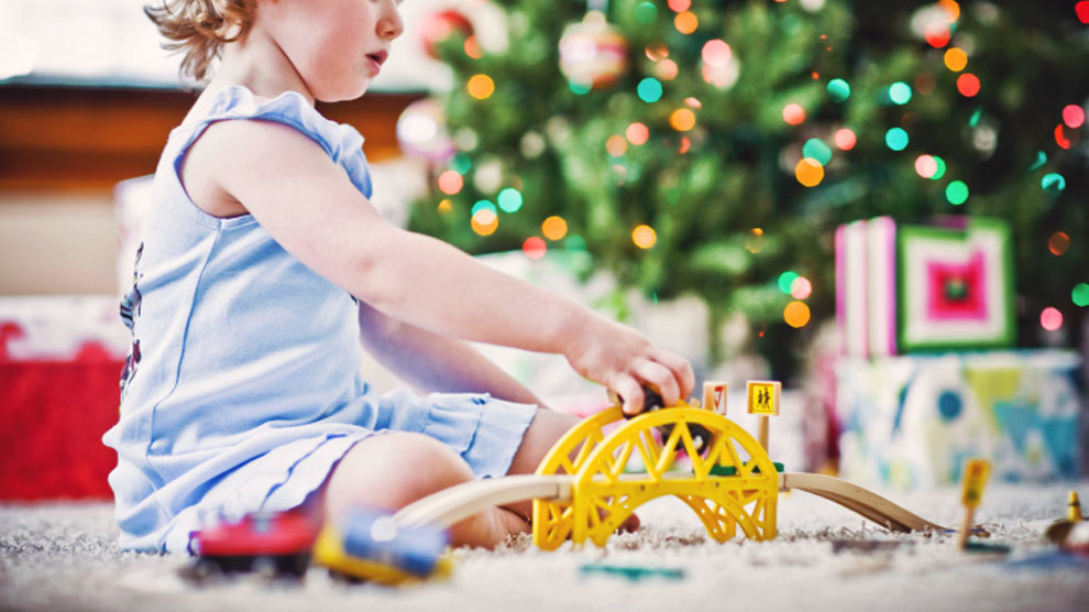 How Much To Spend on Your Kids This Christmas? | Stewardship.com