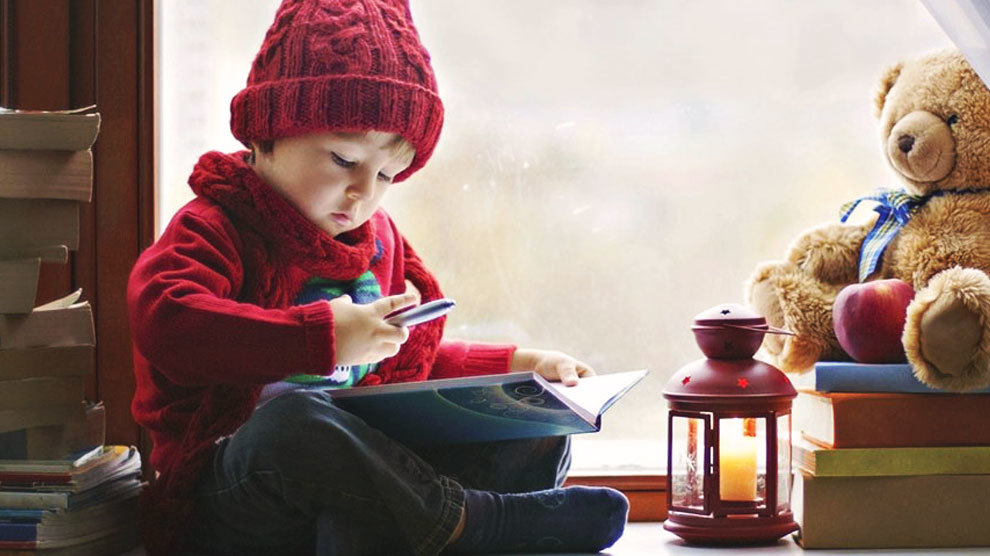 12 Christmas Books You Need to Read to Your Kids | Stewardship.com