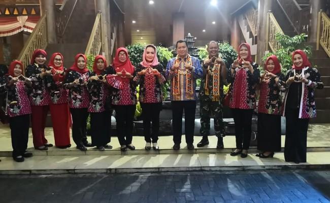 Kapolda Lampung Memuji Anjungan Tulang Bawang Lampung Fair 2019