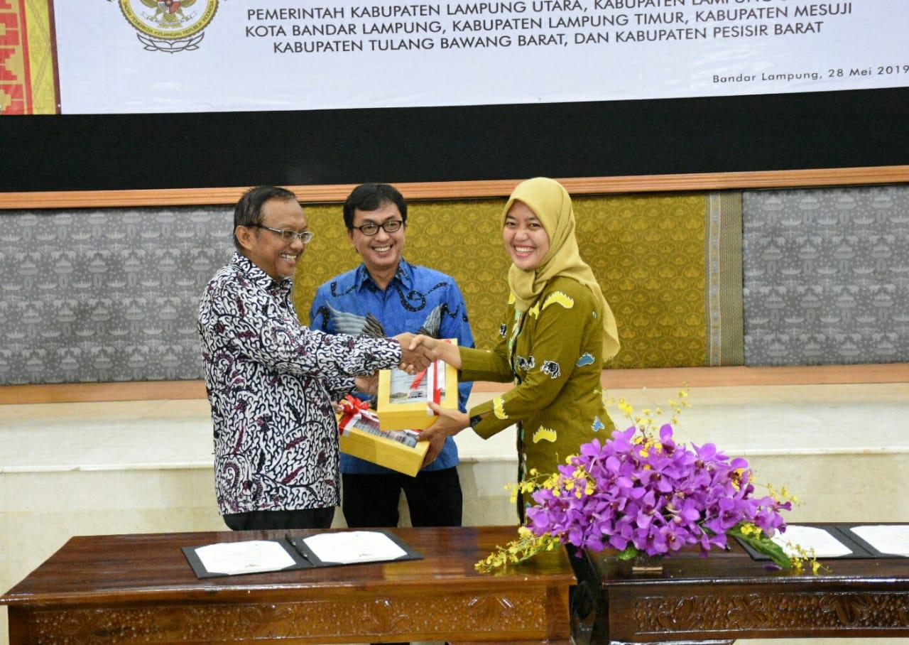 Lampung Timur Terima Predikat atau Opini WTP (Wajar Tanpa Pengecualian)