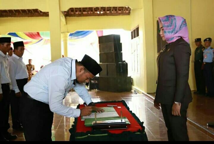 Winarti Melantik 234 Anggota Badan Permusyaratan Kampung (BPK) 30 Kampung