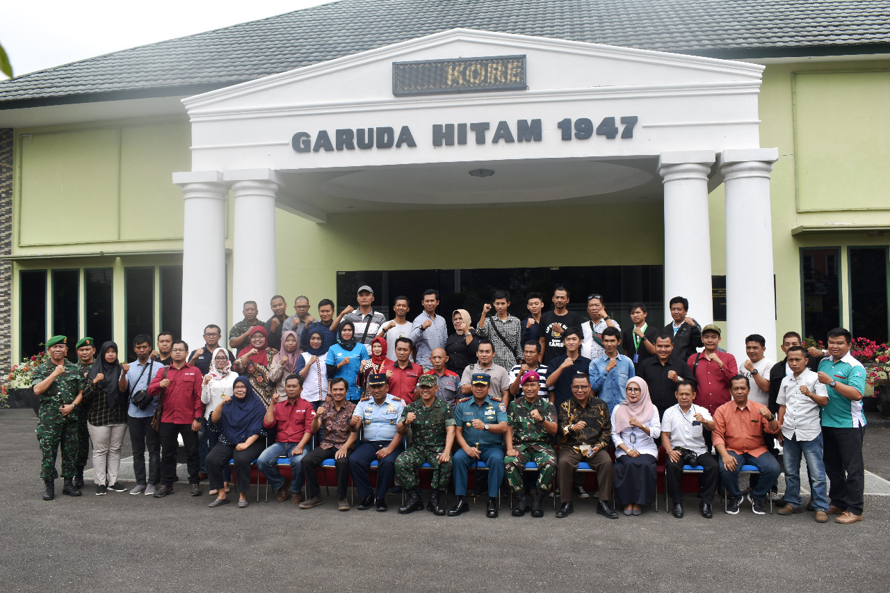 Danlanud BNY, Danrem 043/Gatam, Danlanal Lampung, Wadanbrigif 4 Marinir Coffee Morning dengan insan pers