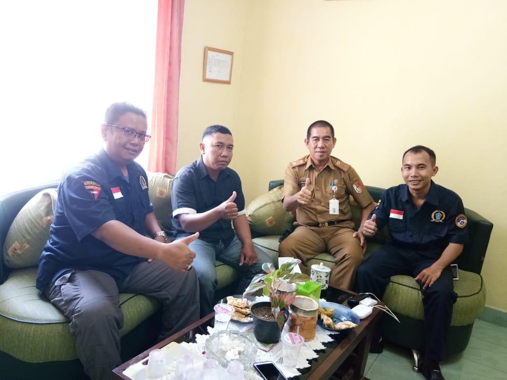 AWPI Tulang Bawang saat kunjungan audiensi ke Badan Kesbangpolda Kabupaten Tulang Bawang.