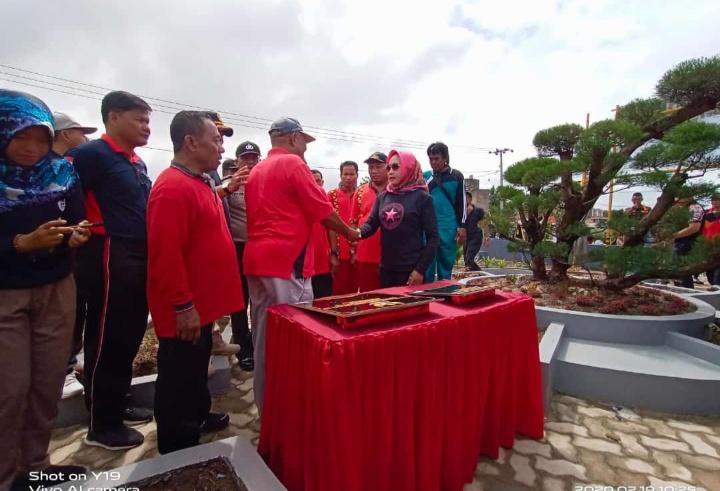 Winarti kunjungan kerja di Kecamatan Penawar Aji di Kampung Panca Tunggal Jaya, Rabu (19/2).