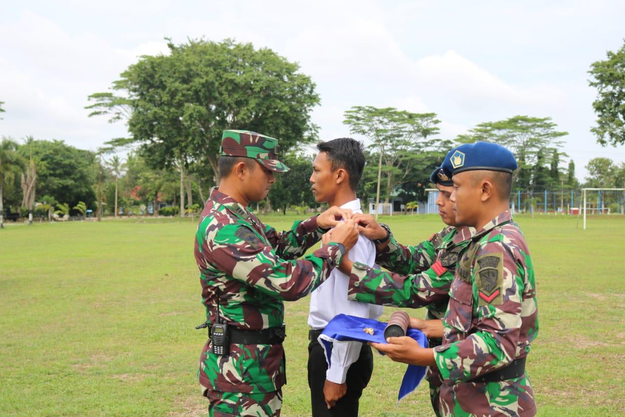 Kadisops Lanud BNY Kapten Pom Adi Firmandadi memimpin upacara penutupan Pelatihan Bela Negara Guru Penggerak Angkatan ke-2 Kabupaten Tulang Bawang Barat Tahun 2020.