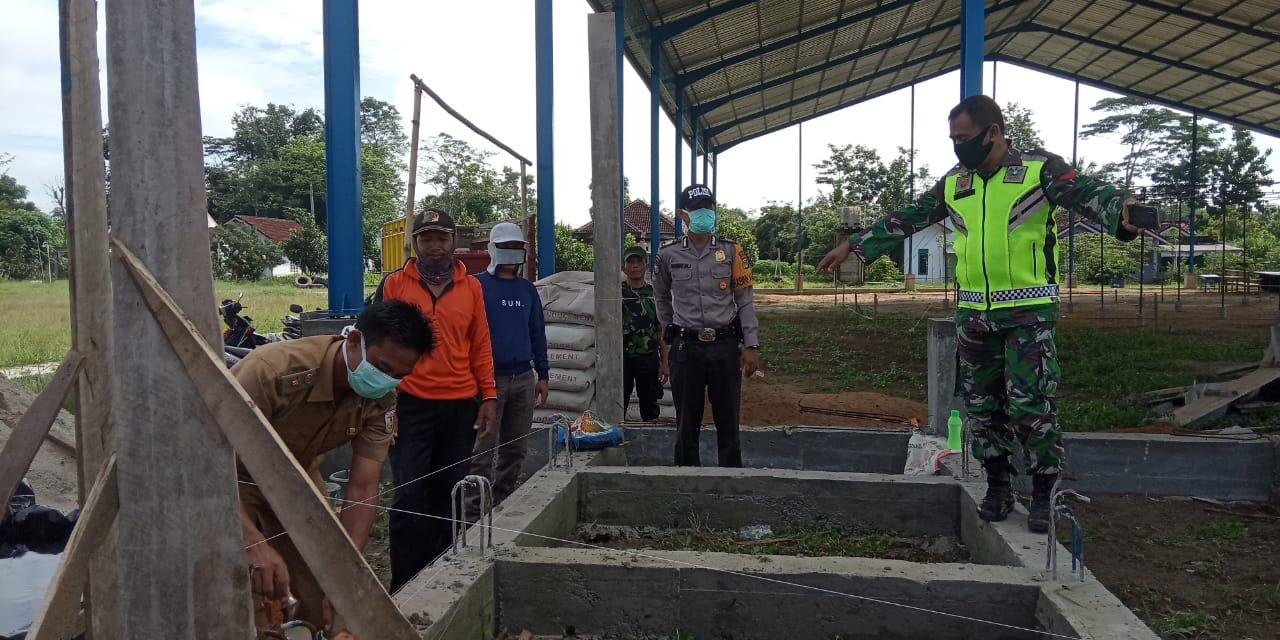 Peletakan batu pertama Pembangunan Kontruksi Gor Futsal pada Selasa (7/4/2020).