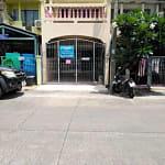 ขายทาวน์เฮาส์ หมู่บ้านพูนสินธานี 1 ซอย 1 เคหะร่มเกล้า 64 เขตลาดกระบัง