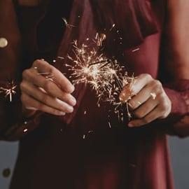 10 ไอเดีย ฉลองปีใหม่ที่บ้าน สนุกได้ต้อนรับปี 2021