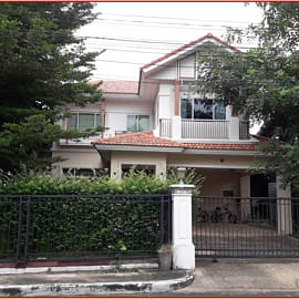 House for Sale in Mueang Pathum Thani, Pathum Thani