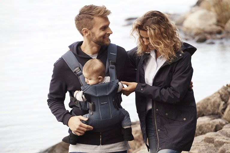 5 Ways Babywearing Makes Parenting Easier